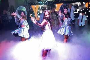 רקדניות לבת מצווה